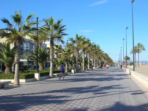 Valencia itinerari per famiglie con bambini familygo for Spiaggia malvarrosa valencia
