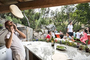sardegna-resort-valle-dell-erica-kids_pizzeria_kids_1_RGB