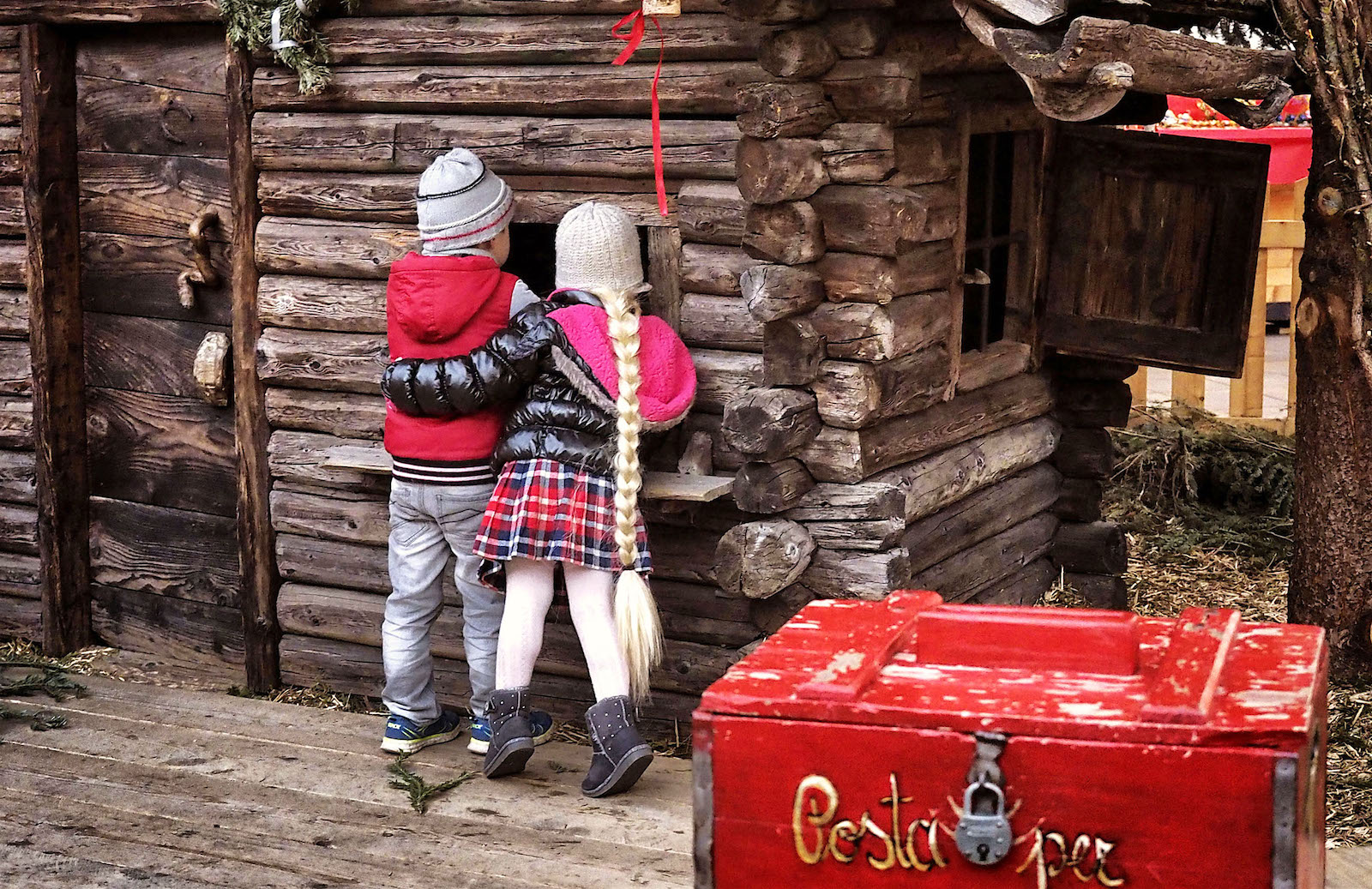 Immagini Di Bambini A Natale.I Piu Suggestivi Mercatini Di Natale In Trentino Da Visitare Con I