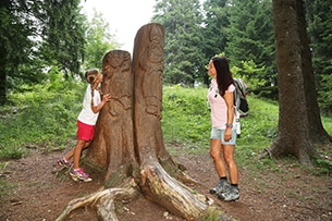 Sutrentino-alpe-cimbra-estate-trekking-famiglia