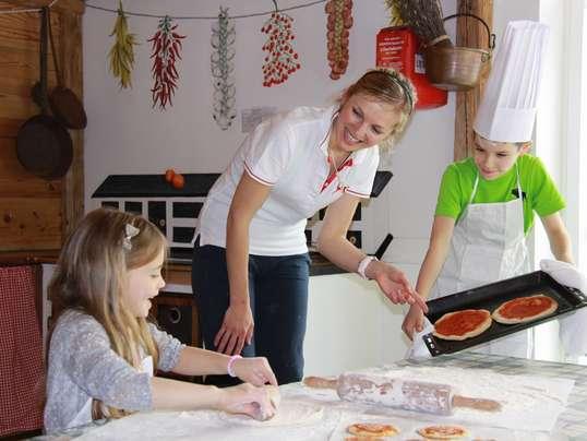 Family hotel in Alto Adige, Cavallino Bianco Family Spa Grand Hotel, attività per bambini