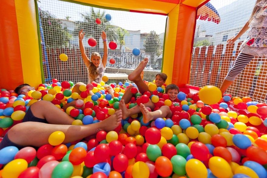 Hotel per bambini a Ischia, Hotel Michelangelo, parco giochi