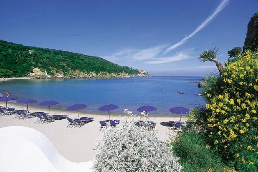 Hotel per bambini a Ischia, Hotel Michelangelo, spiaggia