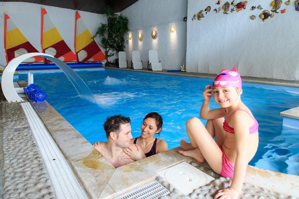 family hotel in val pusteria. Hotel Cavallino Bianco, piscina