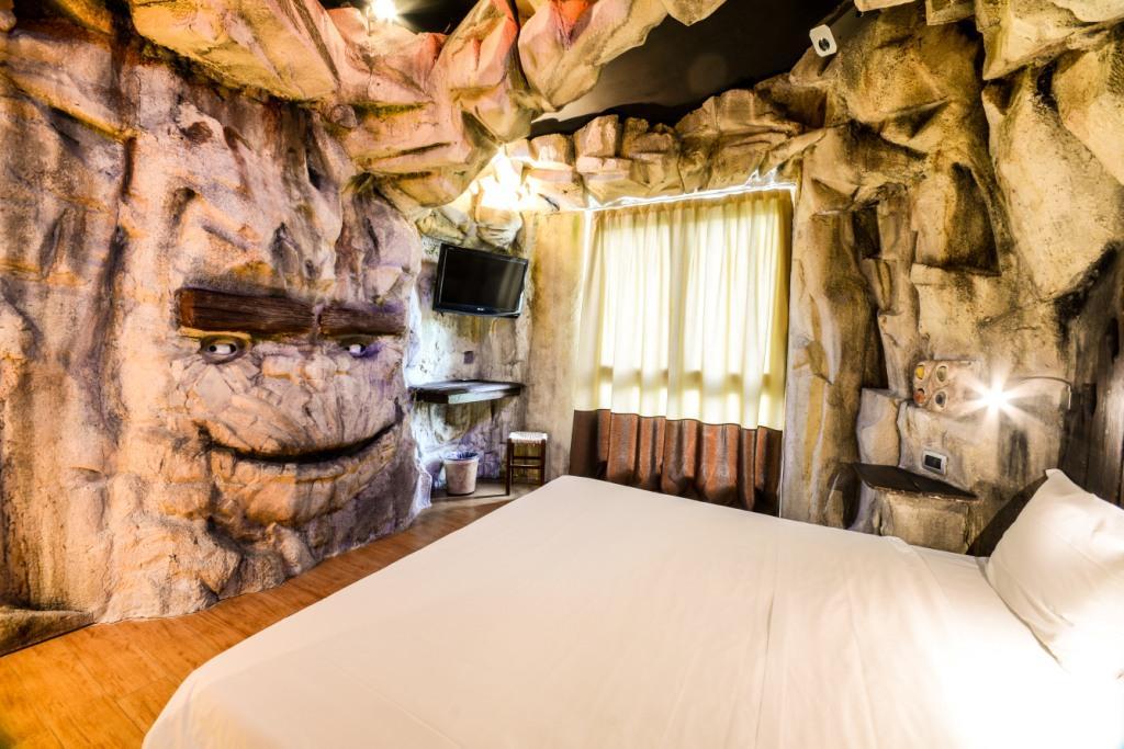 Hotel per bambini sul lago di garda hotel parchi del - Alberghi con camere a tema ...