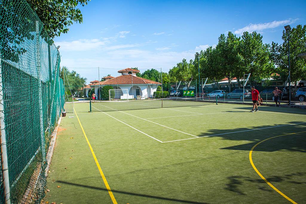 Villaggi nelle Marche: Family Beach Resort Il Girasole tennis