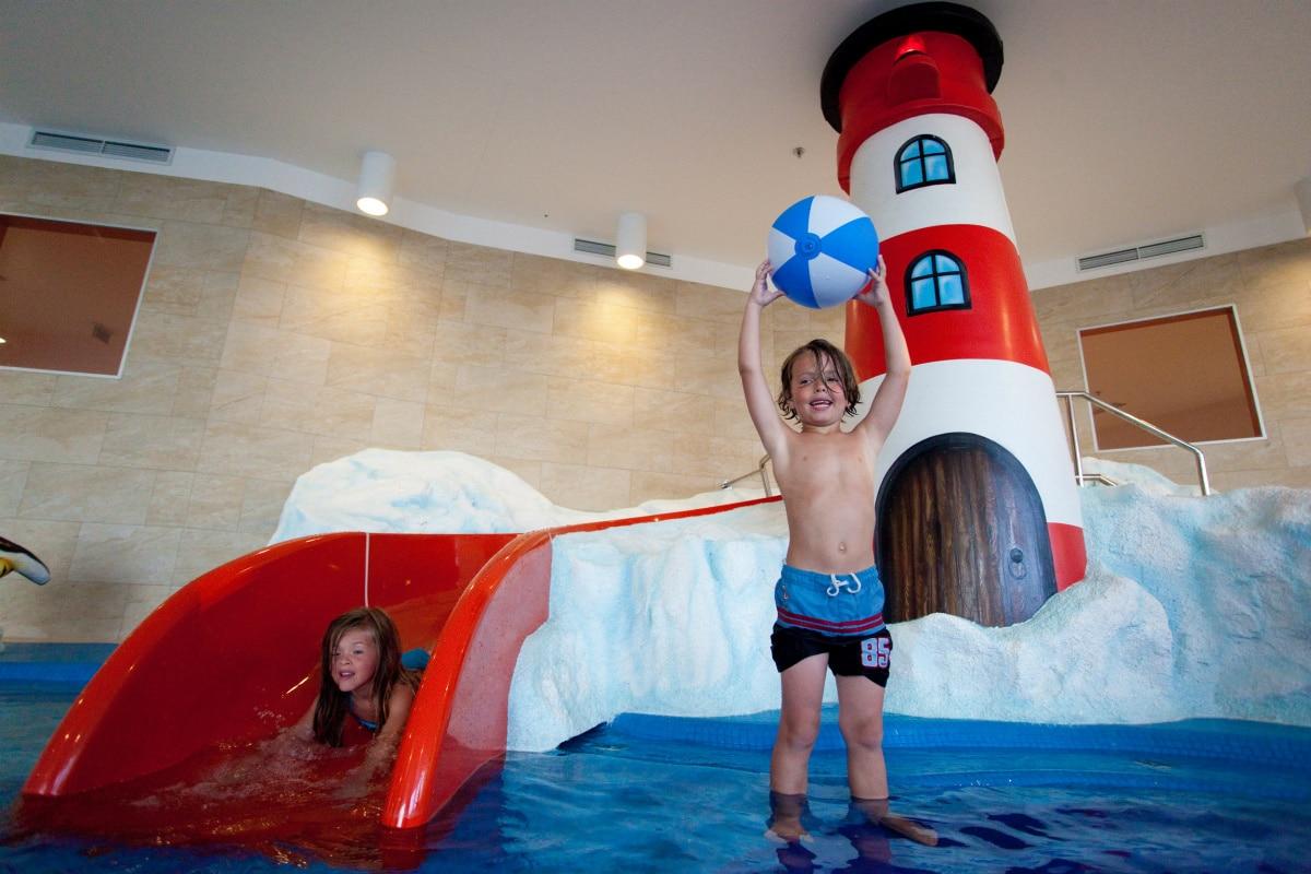 Family Hotel Dalmazia: Family Hotel Diadora a Zara, piscina bambini