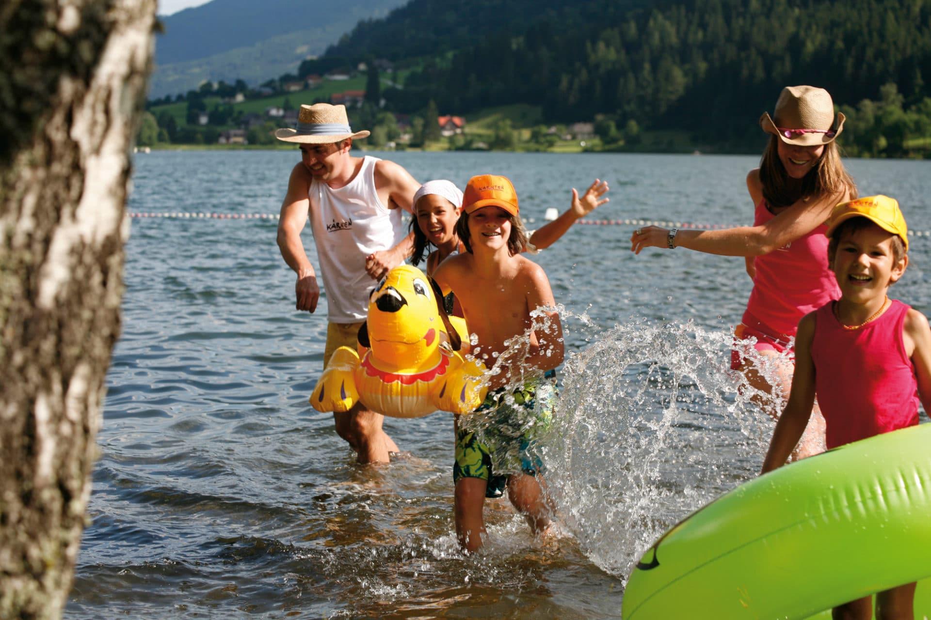 Baby hotel Austria: Baby & KinderHotel a Trebesing, estate