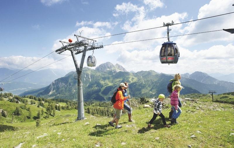Family Hotel Austria: Hotel Sonnenalpe a Nassfeld in Carinzia, in cima alla montagna