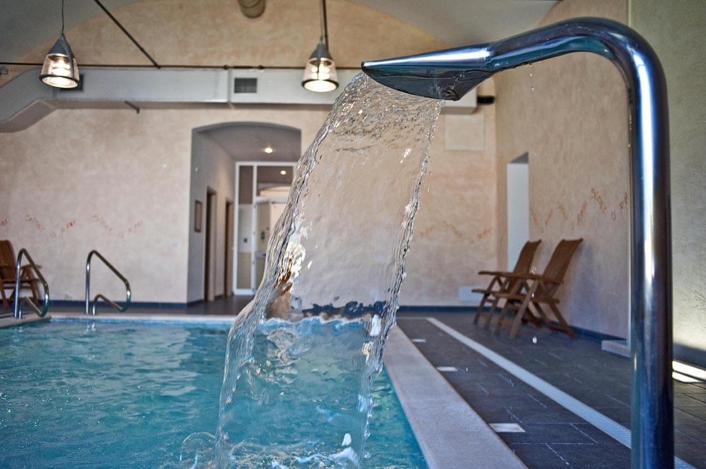 Masserie in Basilicata per famiglie Masseria Macchia, piscina coperta