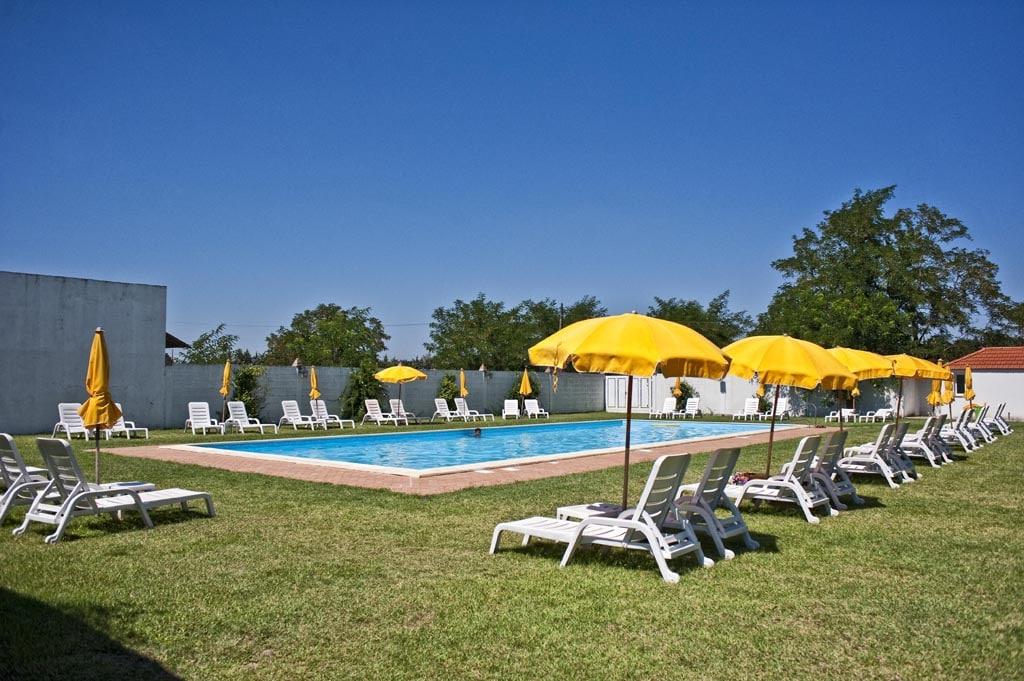 Masserie in Basilicata per famiglie Masseria Macchia, piscina e solarium