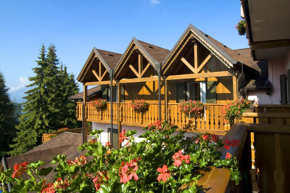 Monte Baldo hotel per bambini: Family hotel La Betulla, esterni