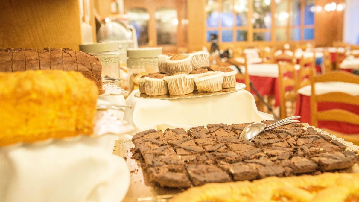 Monte Baldo hotel per bambini: Family hotel La Betulla, colazione