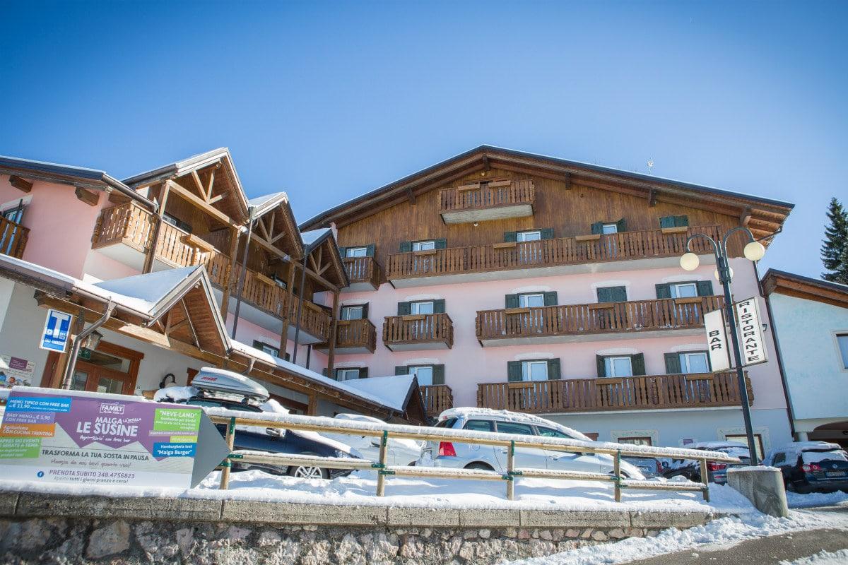 Monte Baldo hotel per bambini: Family hotel La Betulla, facciata