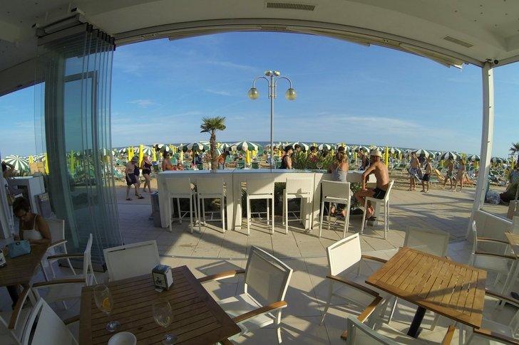 Family Hotel a Jesolo sul mare: Hotel Nettuno, veranda