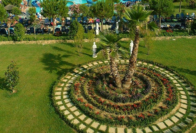 Villaggio a Numana per famiglie, Centro Vacanze De Angelis, parco