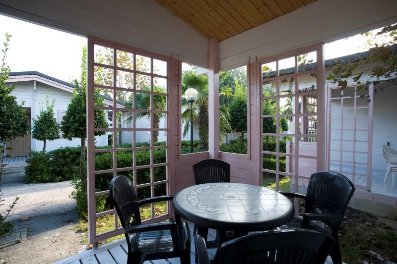 Villaggio a Numana per famiglie, Centro Vacanze De Angelis, patio