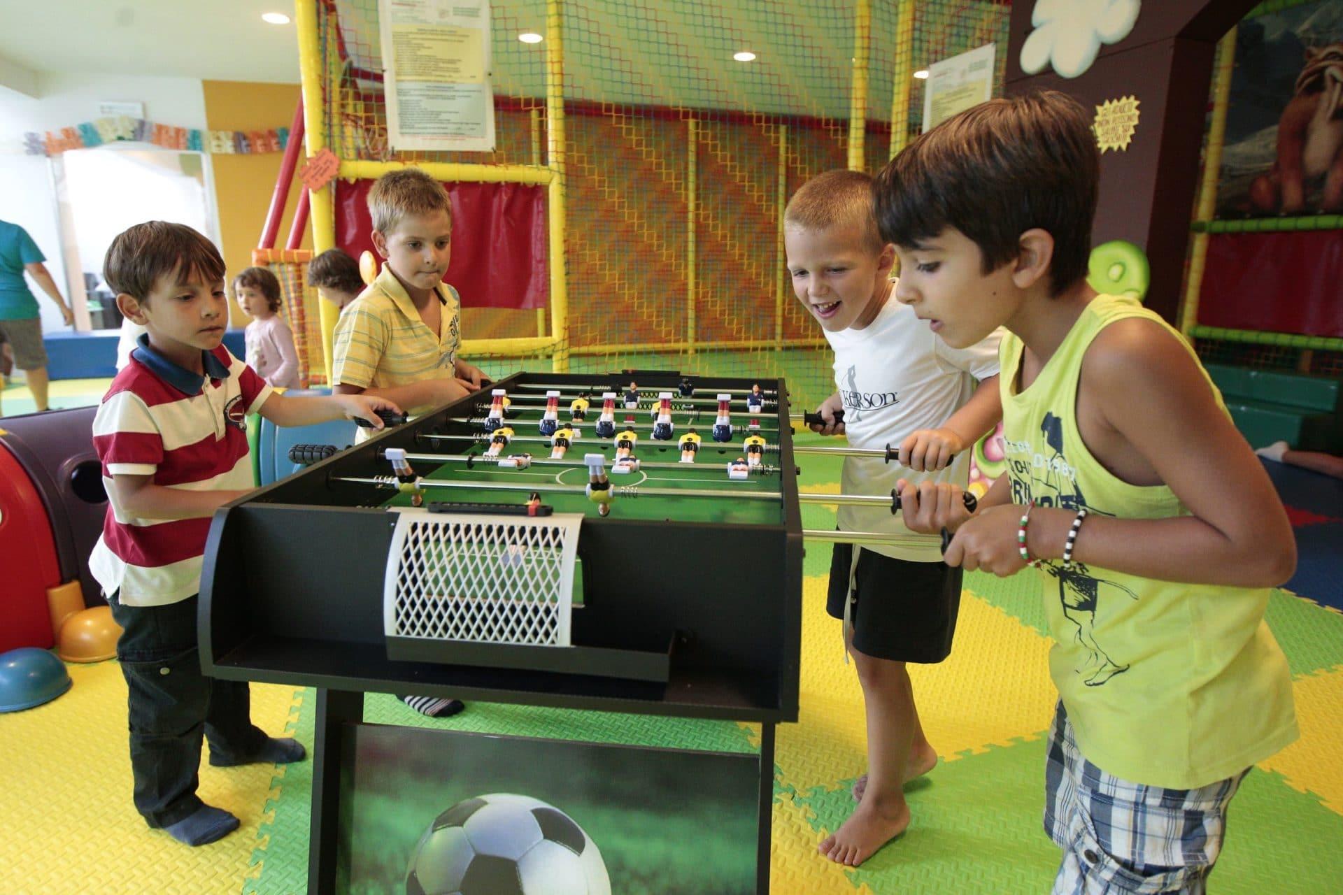 Hotel per bambini in Val di Fassa: Dolce Casa, sala giochi