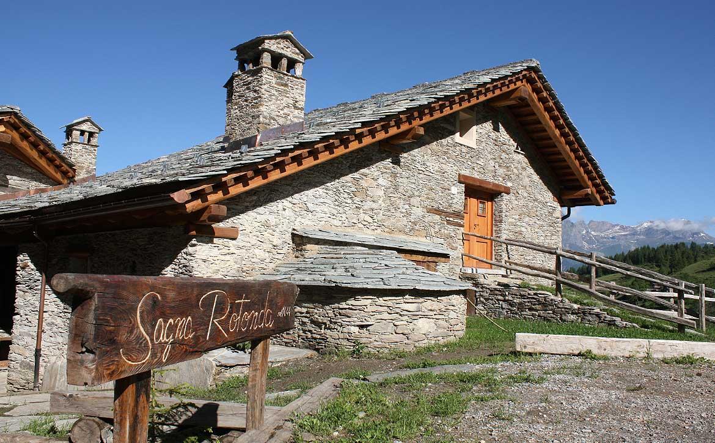 Baite in Piemonte per vacanze: Borgata Sagna Rotonda, borgo rurale