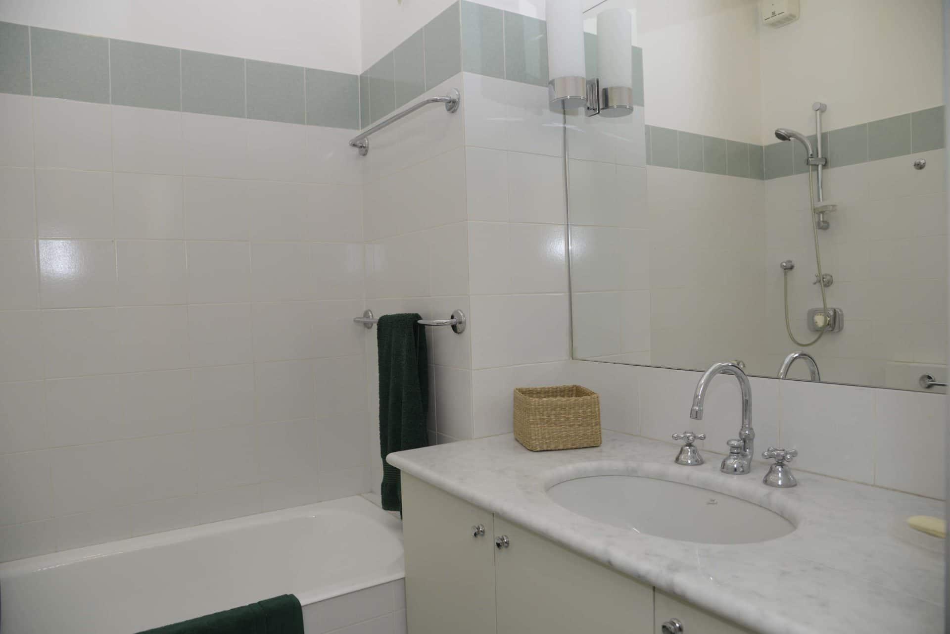 Appartamento per vacanze a Milano, Le stanze di Alice, bagno