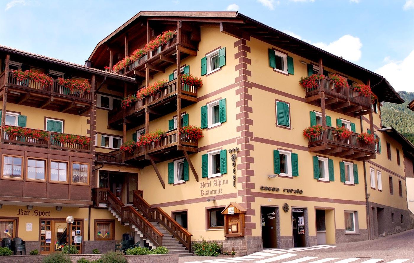 hotel alpino hotel per famiglie val di fiemme familygo On hotel per famiglie amsterdam