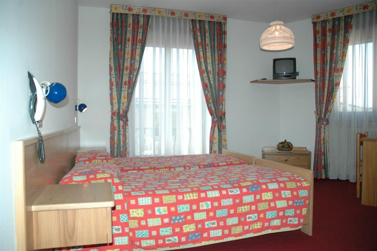 Hotel per famiglie in Val di Fiemme, Albergo al Cervo a Tesero, camera