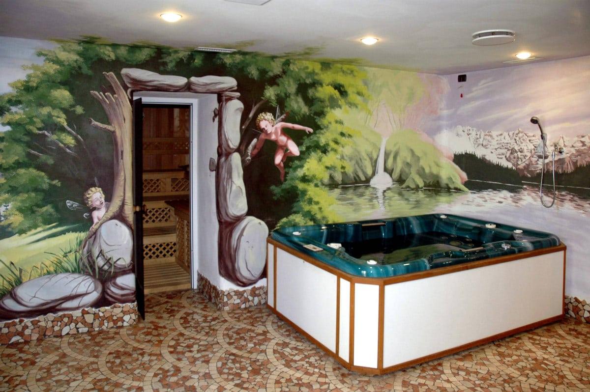 Hotel per famiglie in Val di Fiemme, Albergo al Cervo a Tesero, idromassaggio