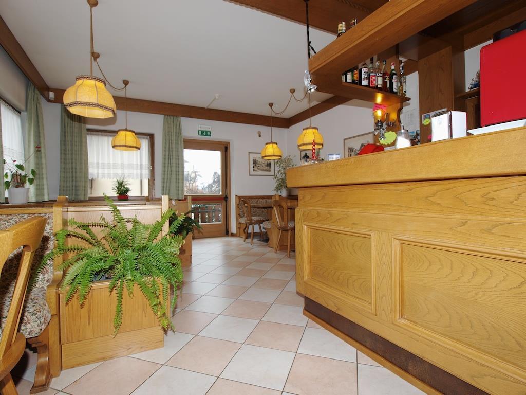 Hotel in Val di Fiemme per famiglie, Hotel La Montanara, giardino, interni