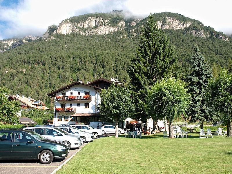 Hotel in Val di Fiemme per famiglie, Hotel La Montanara, giardino