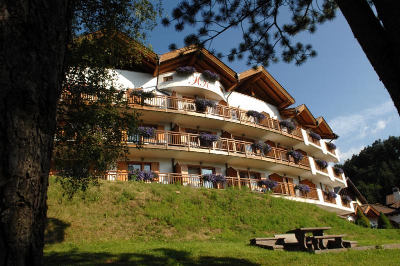 Hotel La Roccia Trentino, Val di Fiemme, estate