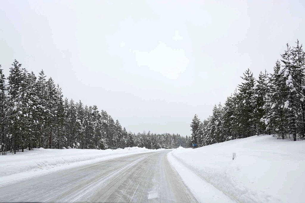 Viaggio in Lapponia con i Bambini, Salla, Finlandia strada lappone