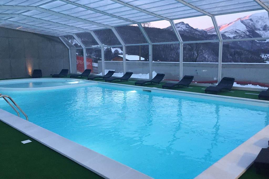 Monte Baldo hotel per bambini: Family hotel La Betulla, piscina panoramica