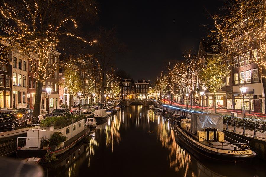 Foto Di Amsterdam A Natale.La Magia Dei Mercatini Di Natale Con I Voli In Offerta