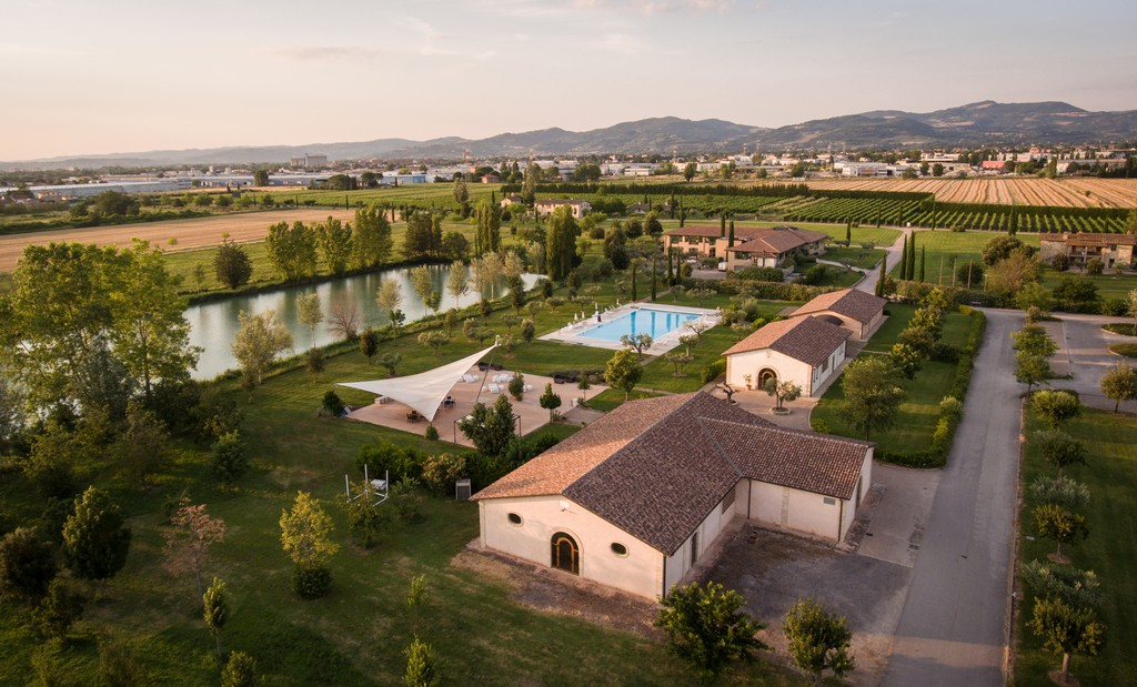 Hotel resort per famiglie Valle di Assisi Hotel & Spa Resort ...