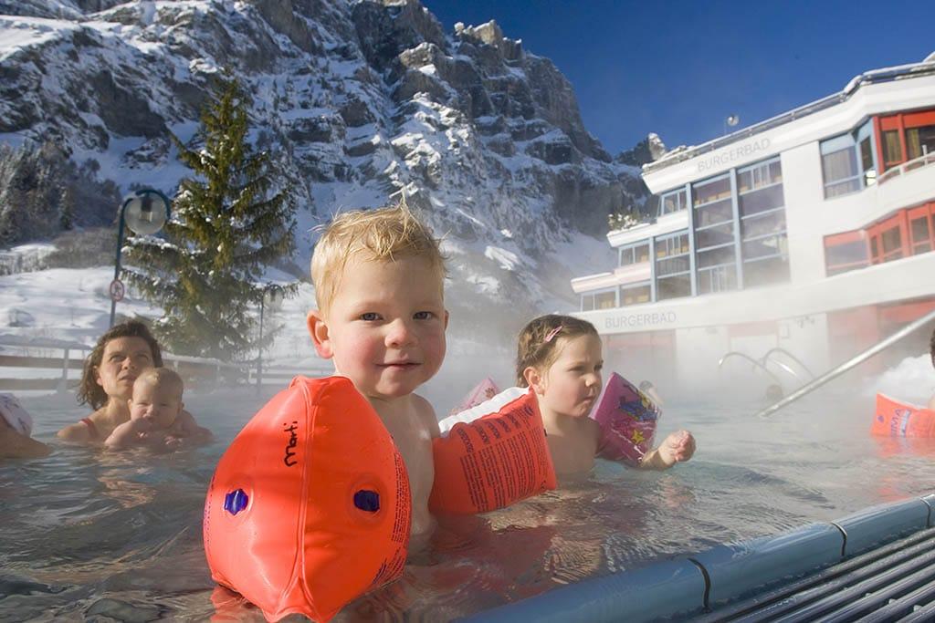 Sciare con i bambini gratis, Svizzera terme di Leukerbad