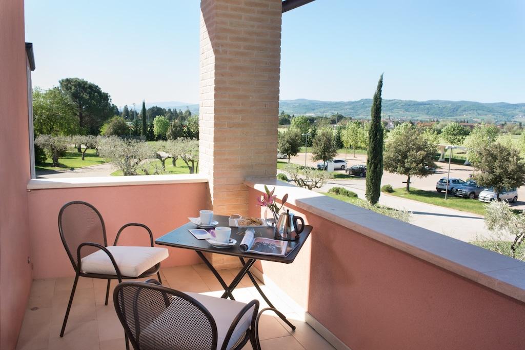 Valle di Assisi Resort per famiglie Delux terrazza