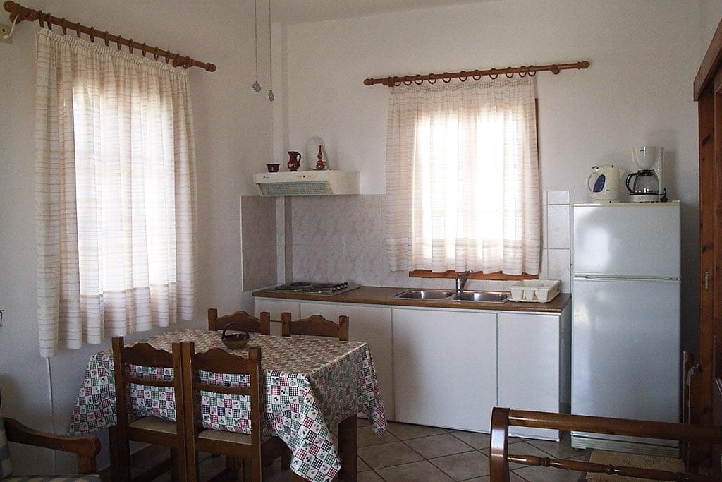 casa vacanze per bambini a Sifnos, Cicladi, Grecia. Appartamenti Markela, cucina