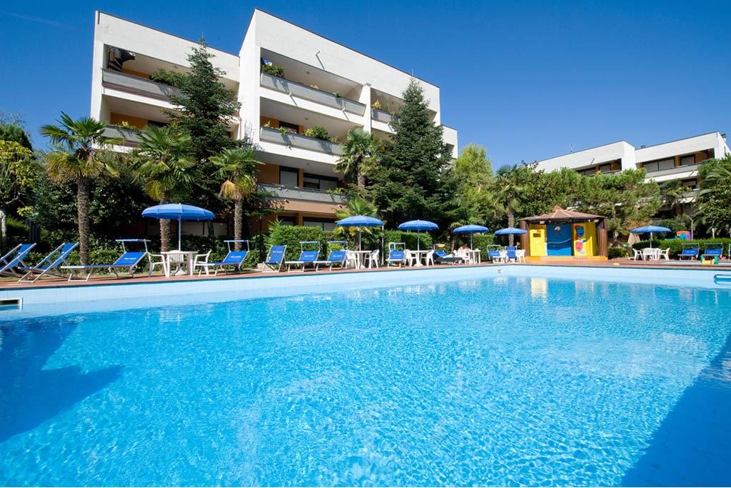 Vacanze con i bambini in abruzzo hotel e residence per - Hotel con piscina abruzzo ...
