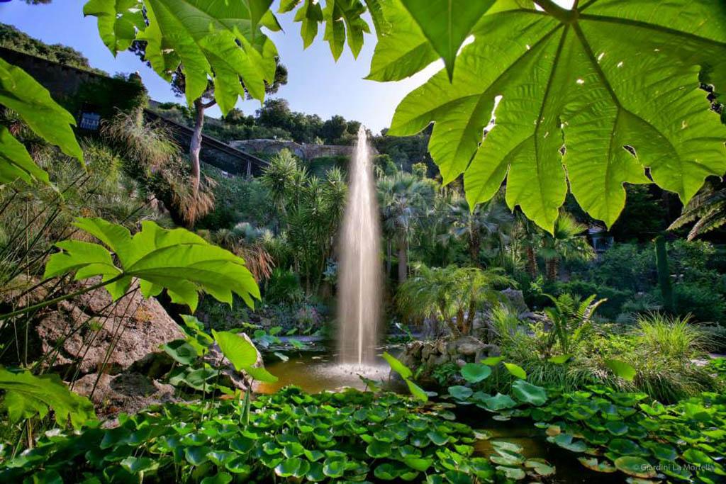 ischia-giardini-mortella-fontana principale