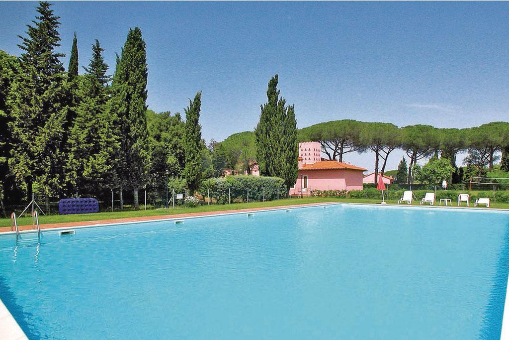 Case vacanza Riviera degli Etruschi, Toscana: appartamento in antica fattoria a Cecina