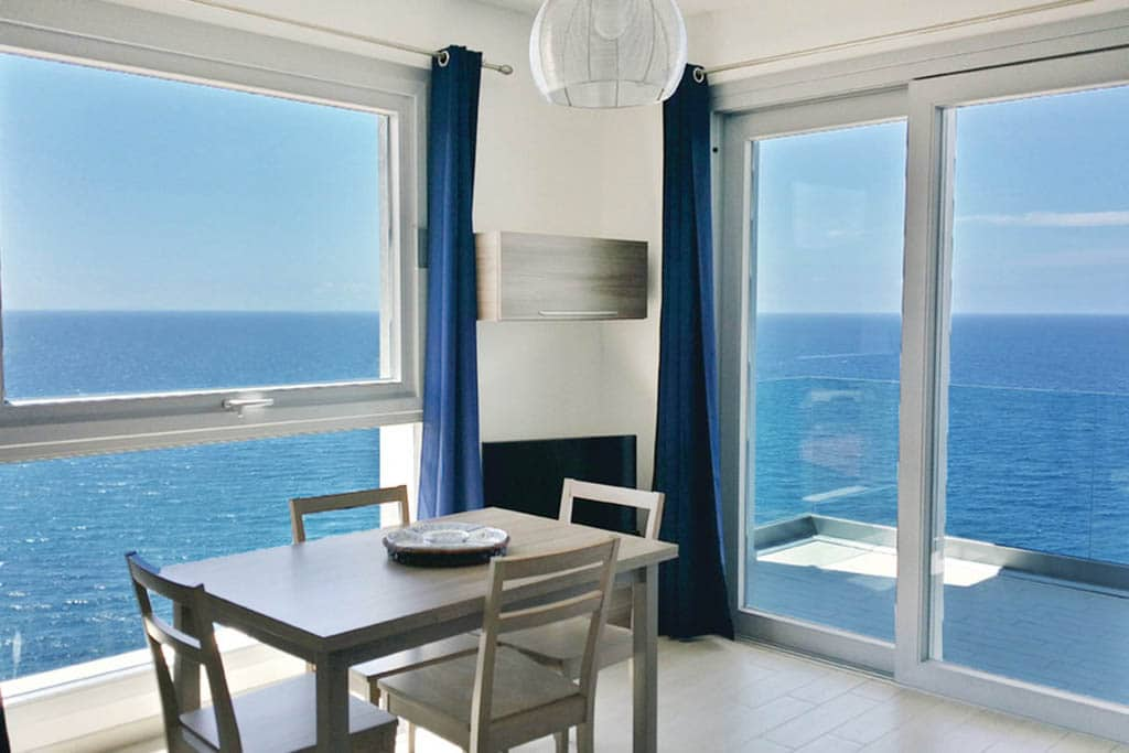 Case vacanza in Sardegna Novasol, bilocale in residence Castelsardo con vista sul mare