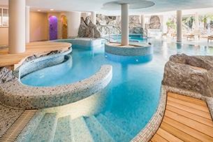 alto-adige-val-pusteria-winkler-family-hotels-lanerhof-piscine