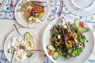 Calcidica con bambini, cucina greca