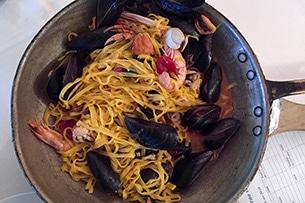 marche-spiagge-numana-conero-ristorante2