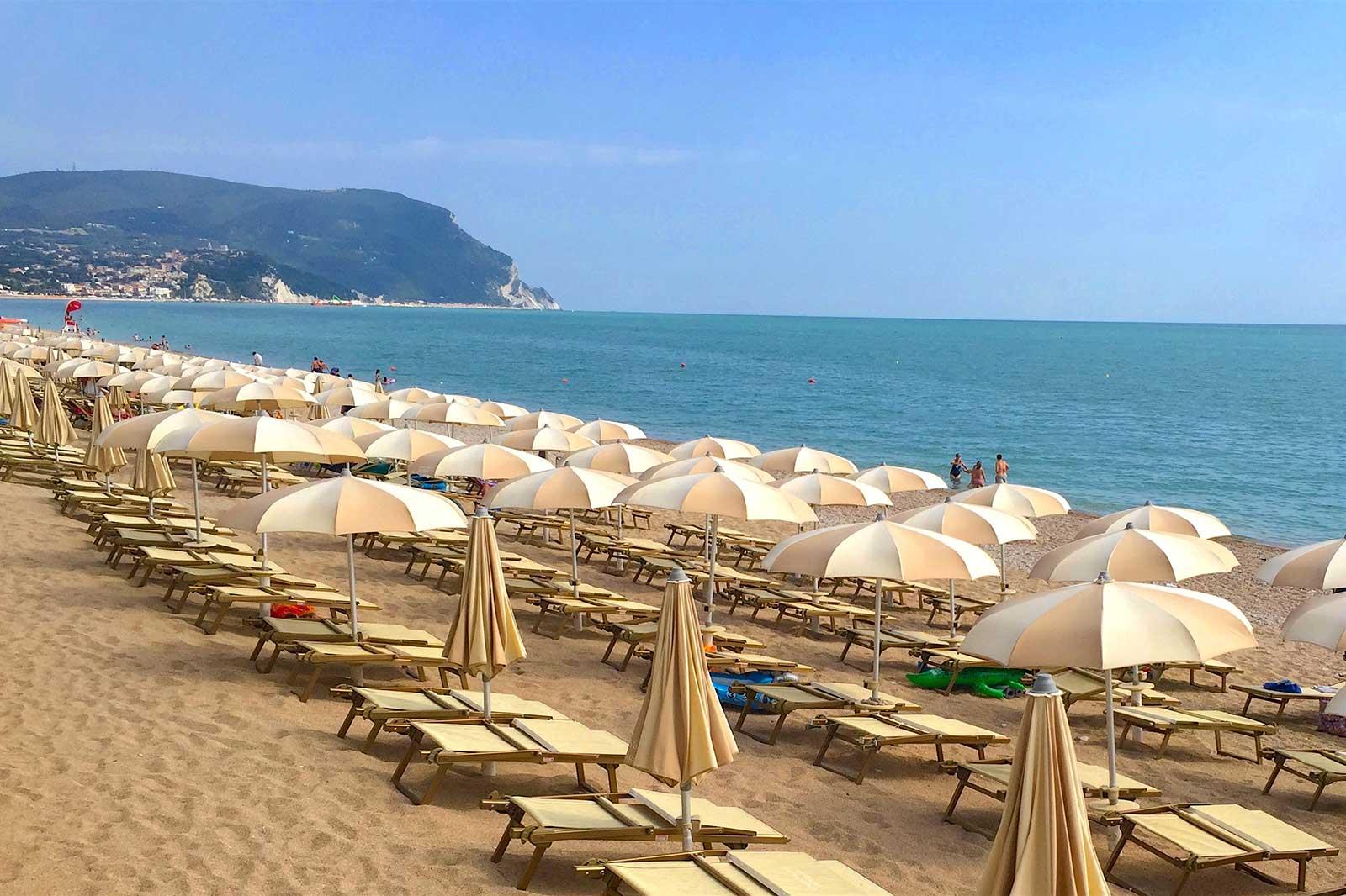 marche-spiagge-numana-conero-spiaggia-de-angelis-copia