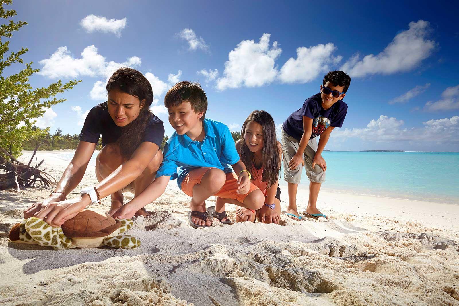polinesia-brando-resorts-bambini