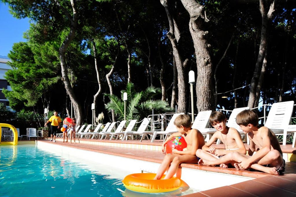 Hotel per bambini Abruzzo mare, Hotel Baltic, piscina