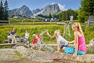 austria-per-italia-tirolo-Sandspielplatz-Ibk-Tourismus-Christian-Vonhofer