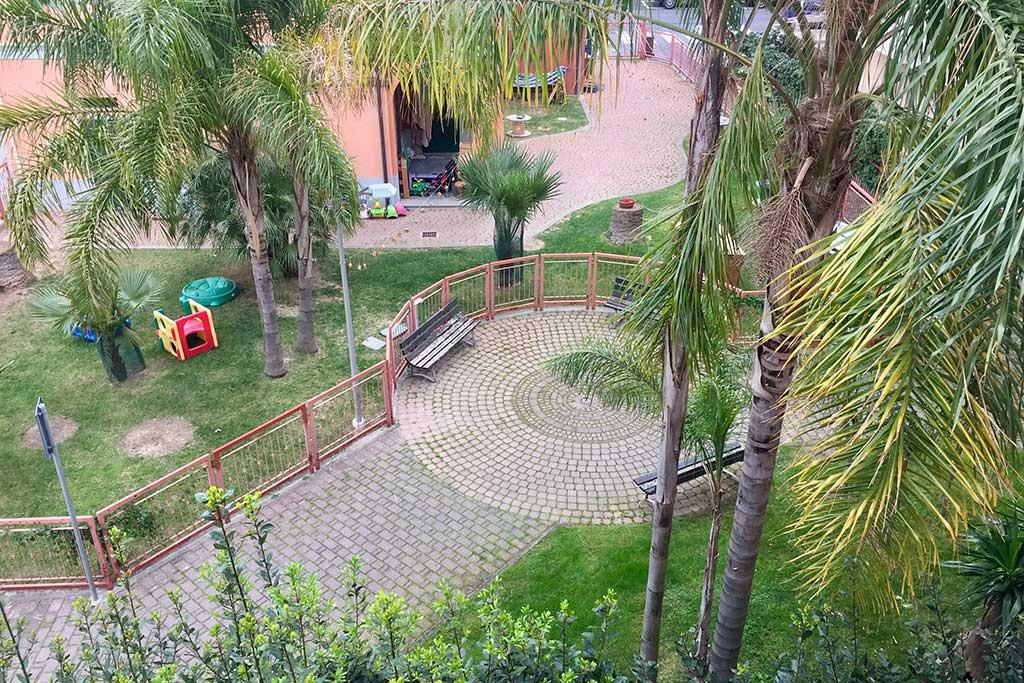 Residence per famiglie in Liguria, Residence Greco & Linda, vista balcone