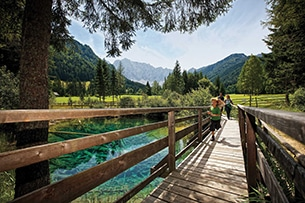 Carinzia sentieri tematici con bambini e passeggini Bodental lago Meerauge